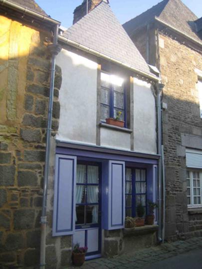 Maison violette home for Maison violette